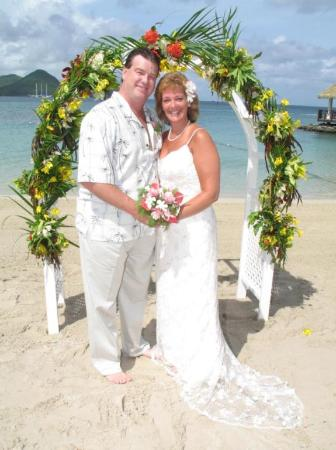Wedding On The Beach At Sandals Grande St Lucia Picture Of Sandals