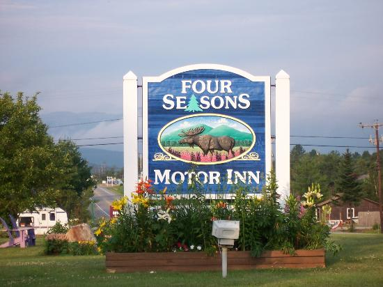 Four Seasons Motor Inn: Four Seasons sign