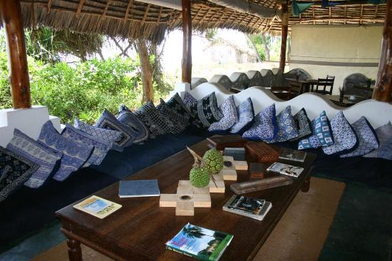 Matemwe Beach Village: The lounge area, shared by all guests