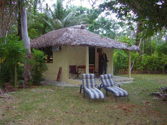 Espiritu Santo, Vanuatu: Our bungalow