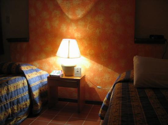 Real Playa del Carmen : Clean Rooms with AC