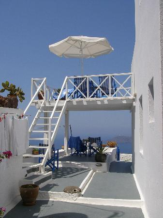 Artemis Villas: our lovely terrasse and balcony