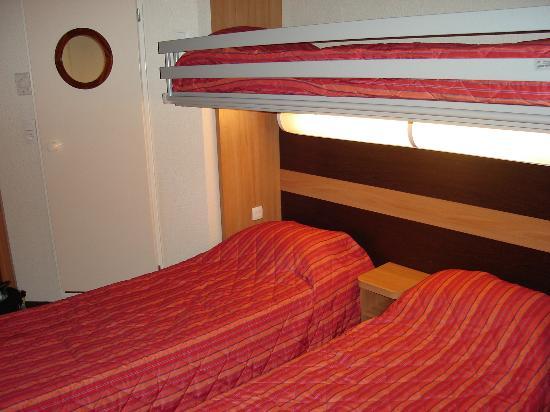 Premiere Classe Amiens - Glisy : Dos camas + una litera