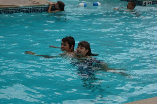 SilverWood Hotel & Conference Center: Family friendly pool