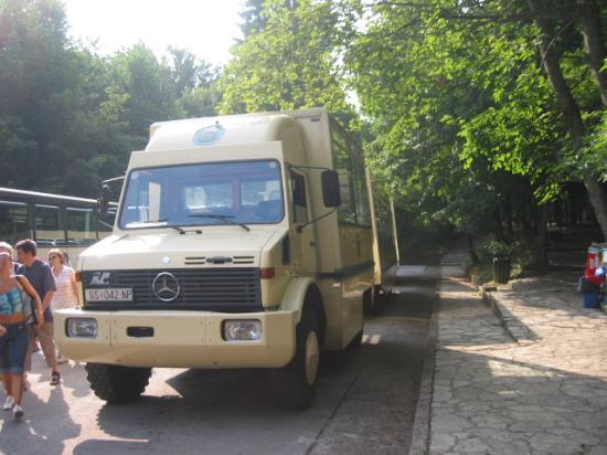 Hotel Jezero: Plitvice - one of the Mercedes buses which take visitors to the various drop-off points