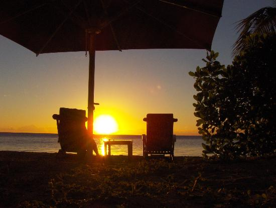 Nukubati Private Island: Champagne Sunsets