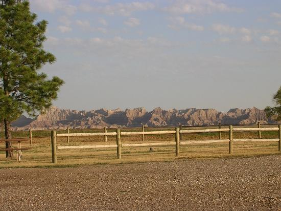 Badlands Inn: Nice view from outside your room