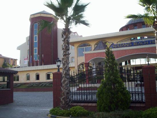 Sultan's Beach Hotel: the hotel