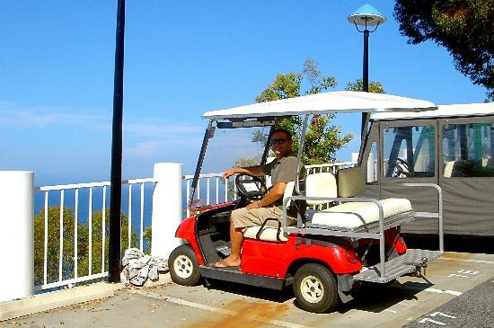 Hamilton Cove Villas : our little golf cart