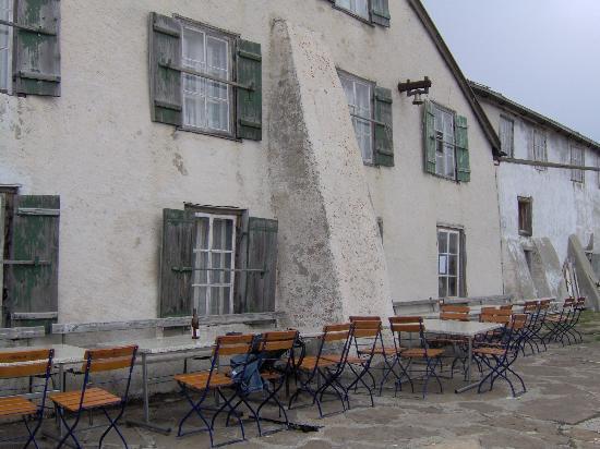 Bachalpsee: Faulhorn Hotel/Restaurant