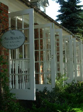 Mill House Inn: A Beautiful Front Porch