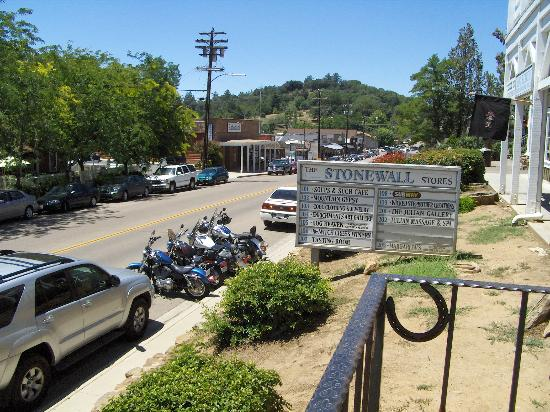 Julian, Californien: A small glimpse of town