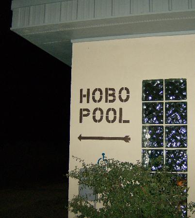 Sage and Sand Motel: Hobo Pool