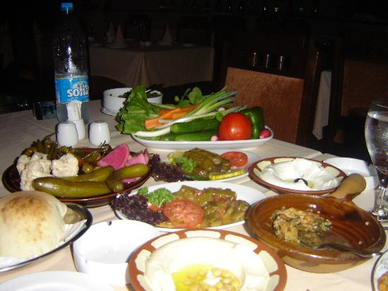 Dubai Marine Beach Resort and Spa: the 1st course out of 5, Lebonese