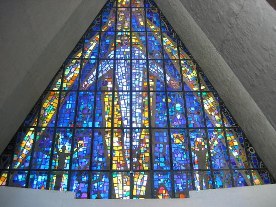 Tromsdalen, Norway: Stained glass window
