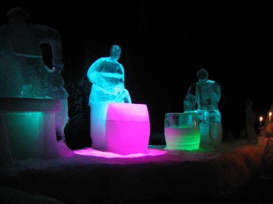 Magic Ice Lofoten: Magic Ice
