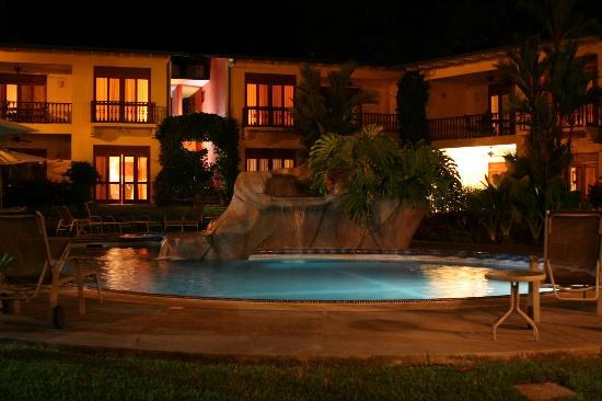 Club del Sol: The pool at night