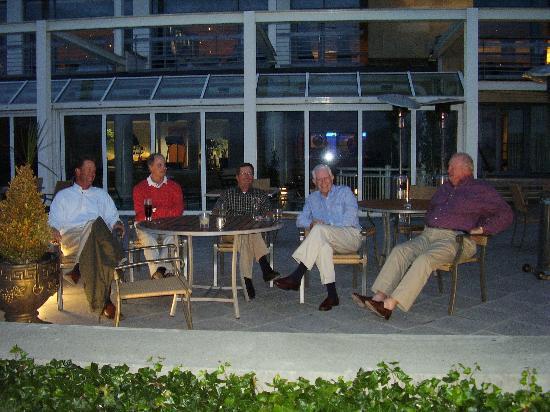 Aghadoe Heights Hotel & Spa: Outside lounge area