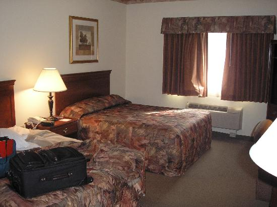 La Quinta Inn & Suites Louisville Airport & Expo Photo