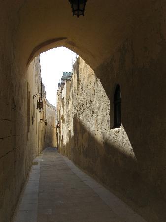 Le Meridien St. Julians: Streets of Mdina