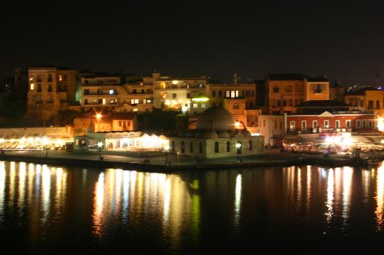 Casa Leone Boutique Hotel: View from our Balcony, Chania by Night