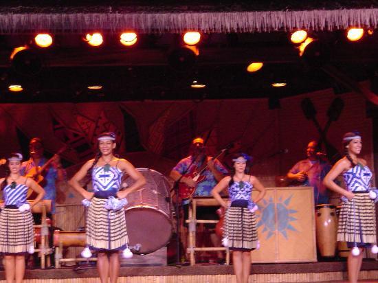 attraction review reviews disney spirit aloha show orlando florida