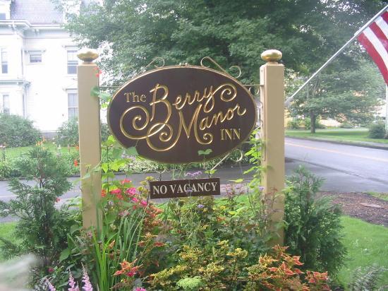 Berry Manor Inn