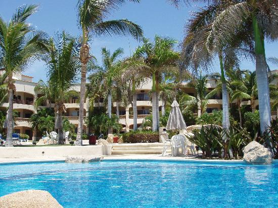 Las Mananitas: Resort