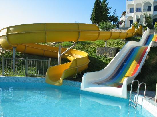 Kadikale Resort : Slides