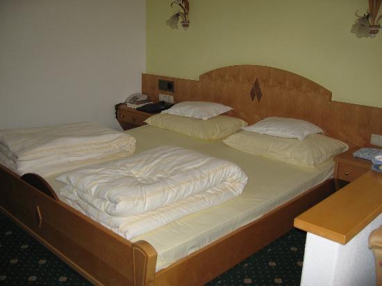 Sonnenspitze Hotel: Bedroom
