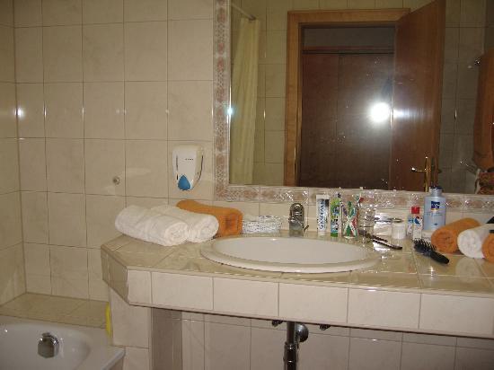 Sonnenspitze Hotel: Bathroom