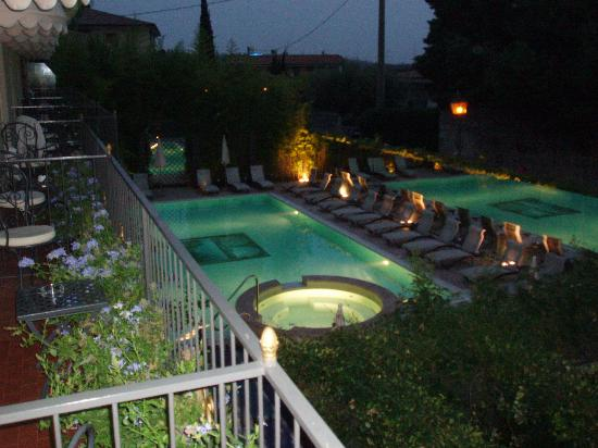 Hotel San Pietro: hotel pool and jacuzzi from balcony