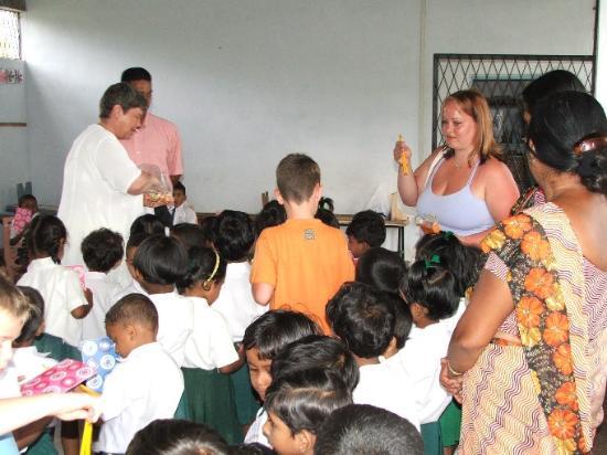 เนกอมโบ, ศรีลังกา: Buddhist school 1