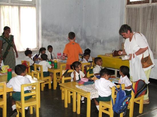เนกอมโบ, ศรีลังกา: Buddhist school 2