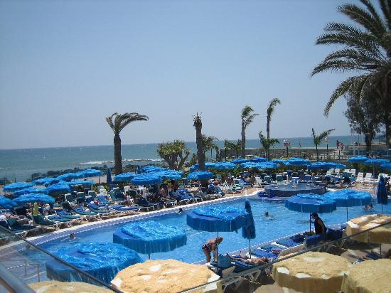 IFA Faro Hotel: The pool