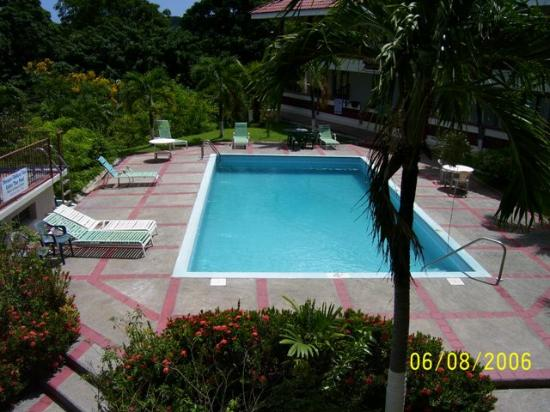 Blue Horizon Resort : Pool