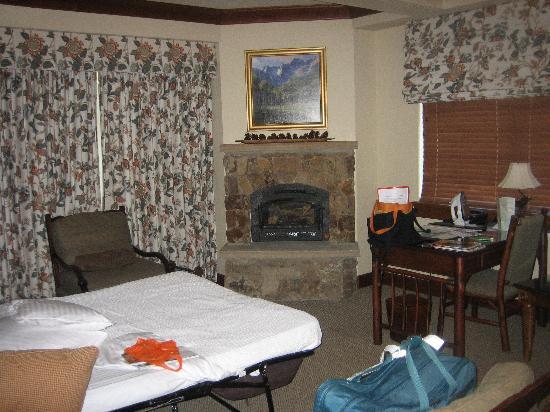 The Ritz-Carlton, Bachelor Gulch: Living Room