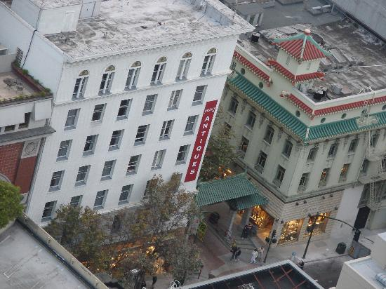 SF Plaza Hotel: Photo from the hiat hotel top 36 floor, long zoom camera