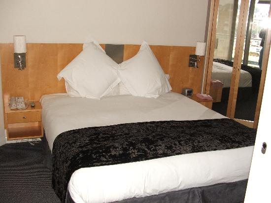 Pullman Quay Grand Sydney Harbour: Bed