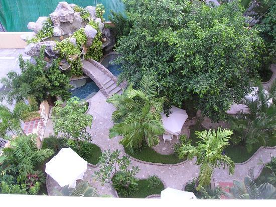 Pacific Club Resort: steam room, spa
