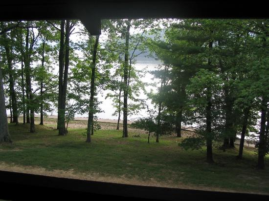 Lake Barkley Lodge: View of the Lake from our room