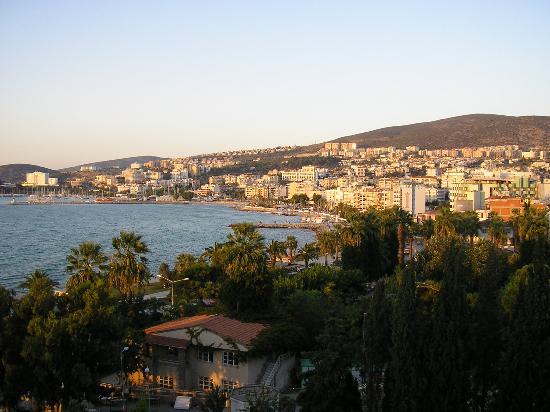 Surtel Hotel: Another photo  taken from restaurant's terrace