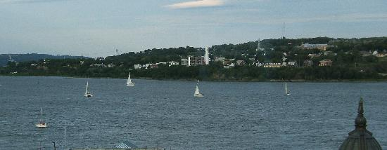 Hotel Le Germain Quebec : View of St. Lawrence river from Room 801