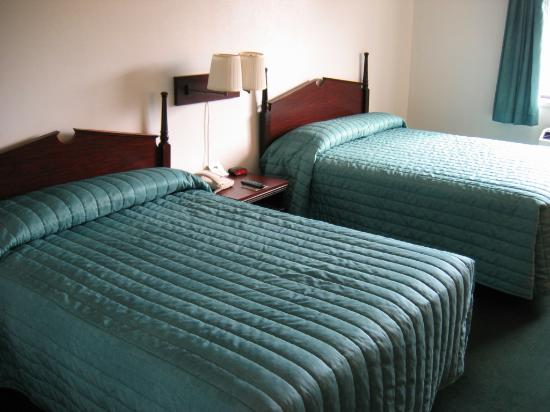 Guesthouse Inn & Extended Stay Suites: Hotel beds