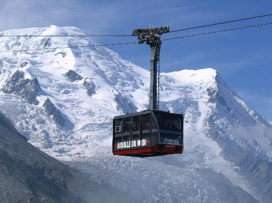 Montenvers Train - La Mer de Glace: Tram going up to l'Aiguille du Midi in Chamonix, France,