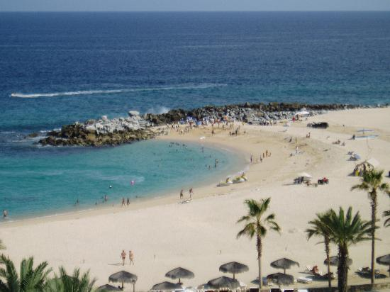 Hilton Los Cabos Beach & Golf Resort: view from beach