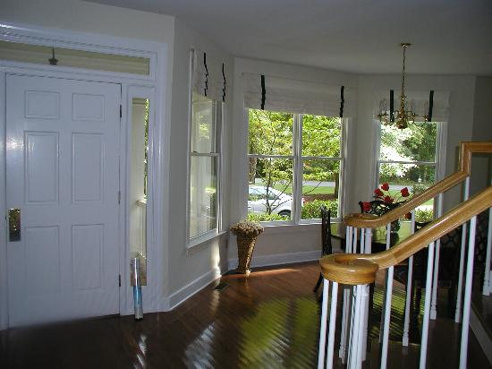 Litchfield Plantation: Formal dining room