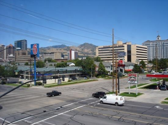 Rodeway Inn Downtown: Sight from the motel