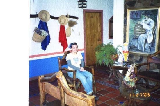 Sitting area of Posada Luz Caraballo