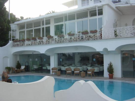 La Residenza: Pool Area
